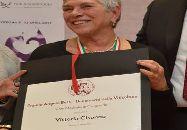 Vittoria Cisonno riceve la Medaglia di Cangrande, Premio Angelo Betti Benemerito della Vitivinicoltura Italiana